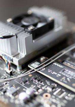 Künstliche Intelligenz zum Greifen nah – Compaile Solutions GmbH